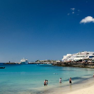 How to get to Playa Blanca from the Airport
