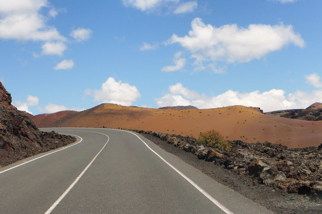 Road through Timanfaya