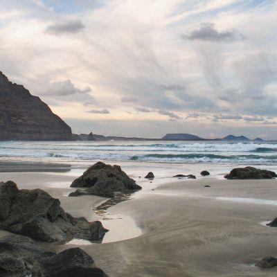 The wild Playa de la Canteria lies just north of Orxola.